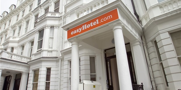 Easyhotel hotel