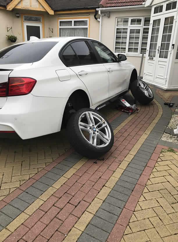 BMW Wheels Off